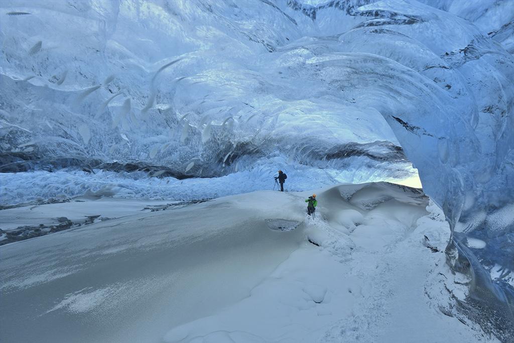 Crystal icecave, IJsland