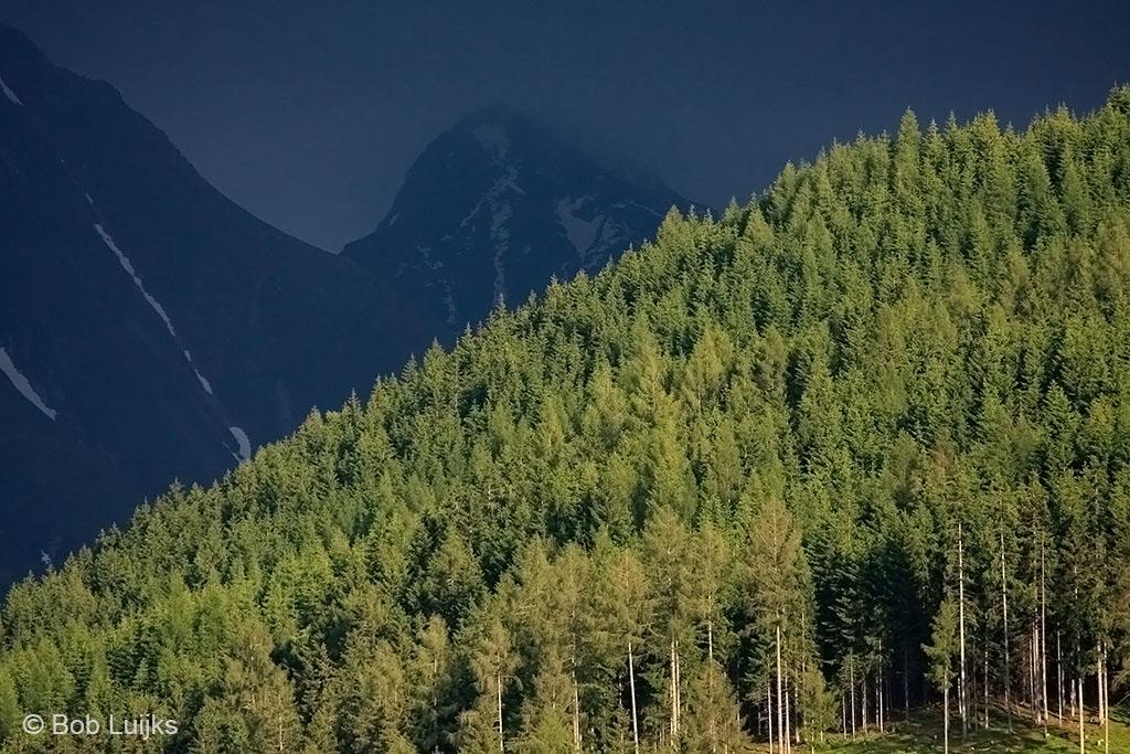Inzoomen op de bergen.