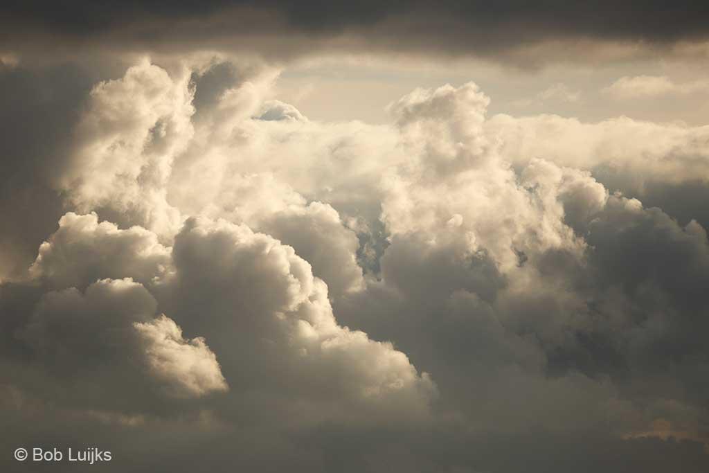 Zon of wolken?