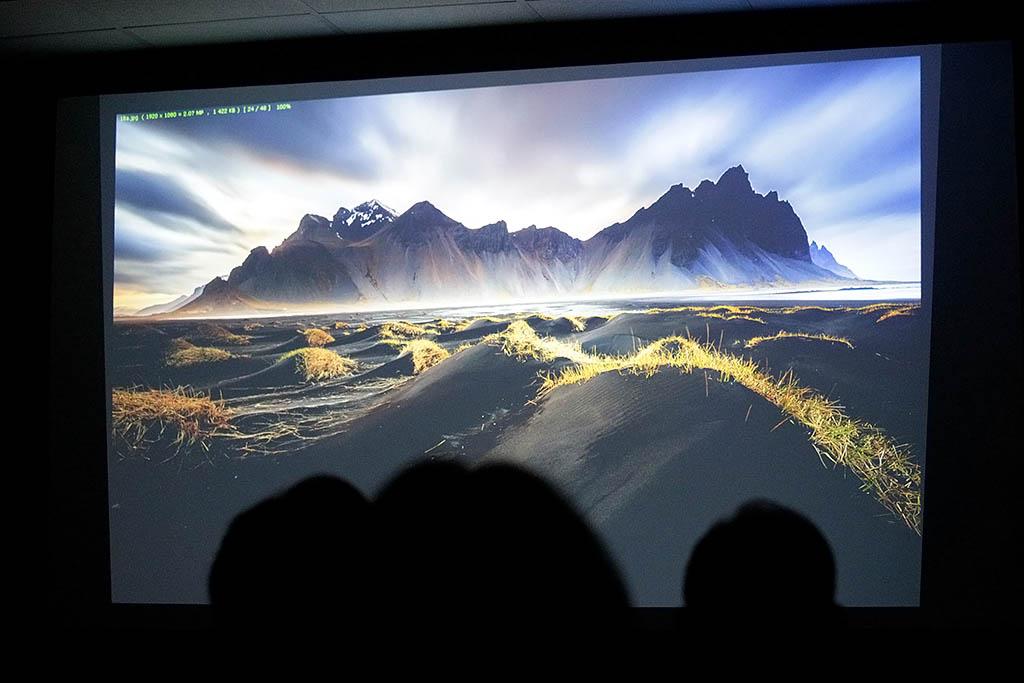 Beeldschermfoto presentatie Sven Broeckx en Wim de Nijs